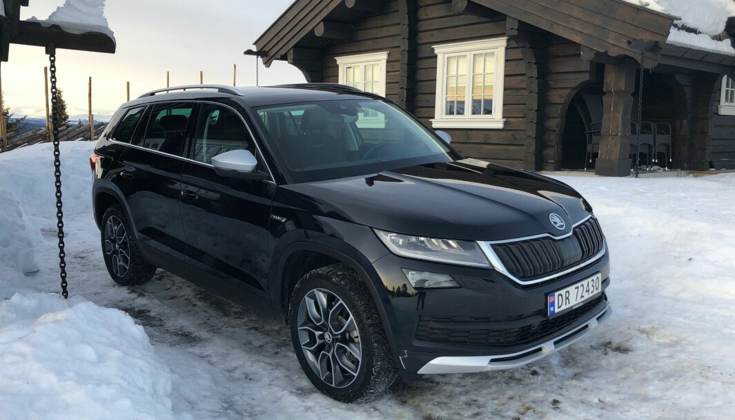 HYTTEFAVORITTEN: Skoda Kodiaq har det meste man kan forlange av en bil som ikke er elektrifisert.