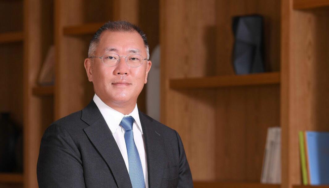 SORG: Hyundai-sjef Euisun Chung uttrykte sin medfølelse etter ulykken på årets første mandag.