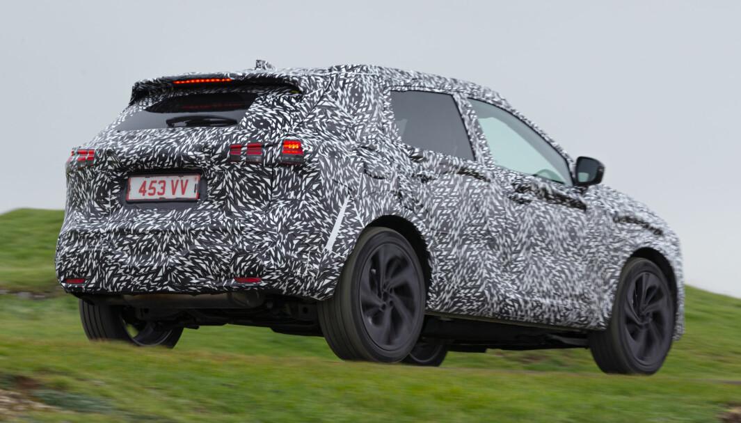 KOMMER I VÅR: Nissan holder nye Qashqai kamuflert så lenge som mulig.