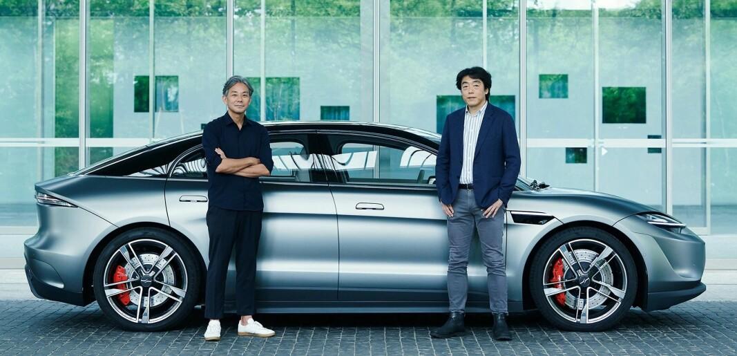 """<span class="""" font-weight-bold"""" data-lab-font_weight_desktop=""""font-weight-bold"""">NØKKELPERSONER:</span> Daisuke Ishii er «kreativ direktør», mens Izumi Kawanishi er senior visepresident med ansvar for robotikk og kunstig intelligens."""