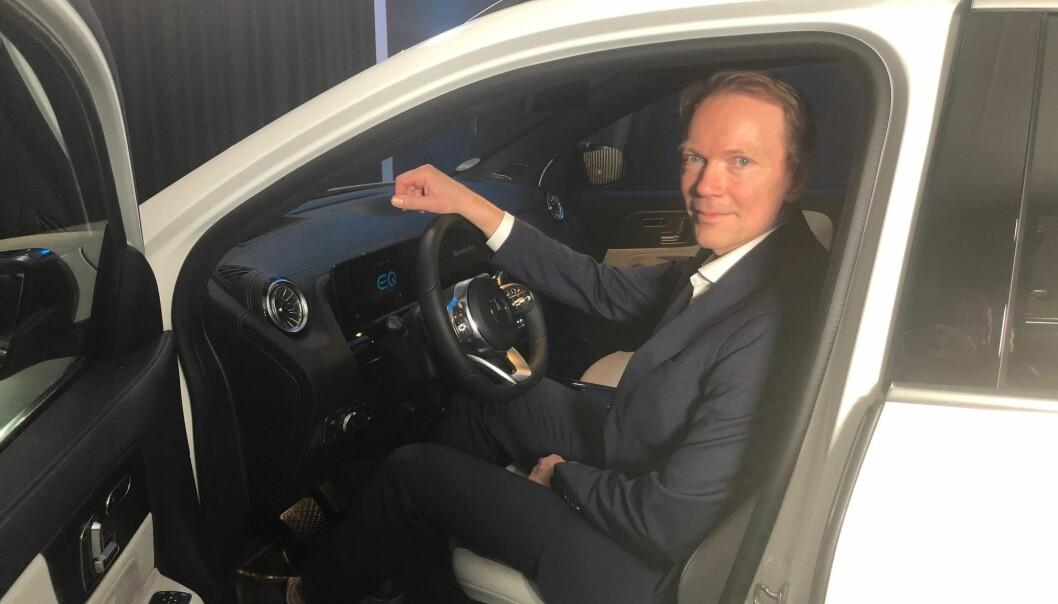 "<span class="" font-weight-bold"" data-lab-font_weight_desktop=""font-weight-bold"">HAR TROEN:</span> Direktør for Mercedes-Benz i Norge, Kjetil Myhre, mener den nye elektriske SUV-en er midt i blinken for mange nordmenn."