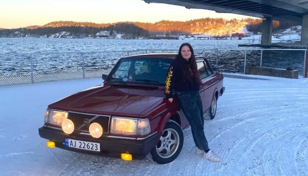 """<span class=""""font-weight-bold"""" data-lab-font_weight_desktop=""""font-weight-bold"""">BROBYGGER: </span>Josefine Malene Polland mener at en enkel Volvo kan rydde opp i meningsløse misforståelser om at jenter ikke «kan» bil."""