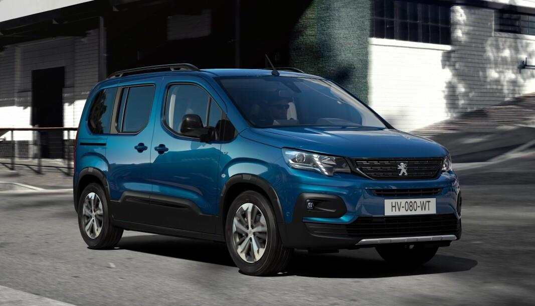 EL-ROMSKIP: Mellomstor flerbruksbil med plass til syv og mye bagasje, slik fremstår Peugeot e-Rifter.