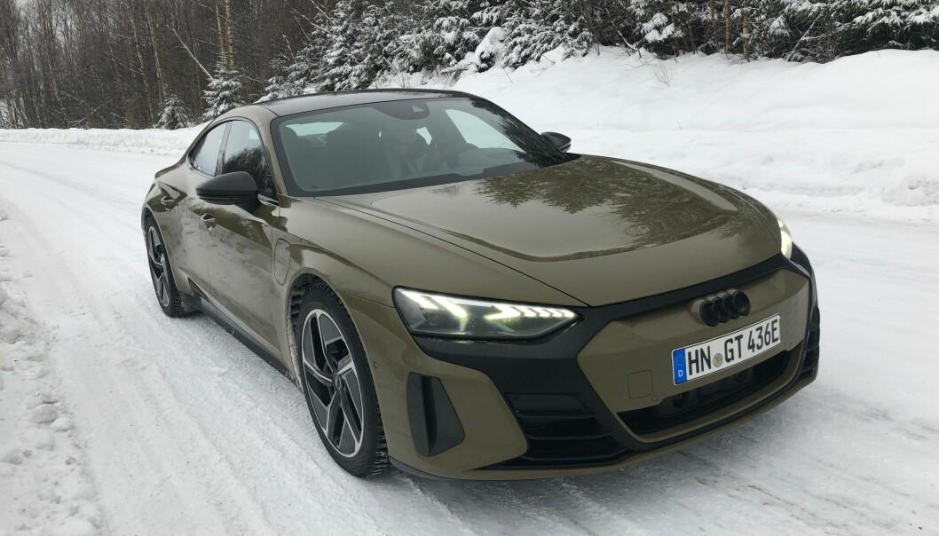 NORGESKLAR: Audi e-tron GT er i Norge. Dette er RS-versjonen med sine karakteristiske laserlys.
