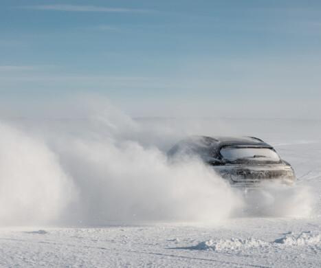 Porsche lufter nye Cross Turismo for første gang