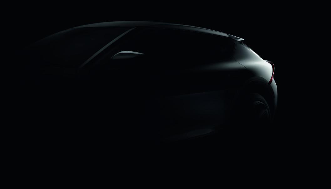 """<span class="""" font-weight-bold"""" data-lab-font_weight_desktop=""""font-weight-bold"""">MYKERE: </span>Linjeføringen er tydelig differensiert fra Hyundai Ioniq 5, som Kia EV6 vil dele plattform med."""