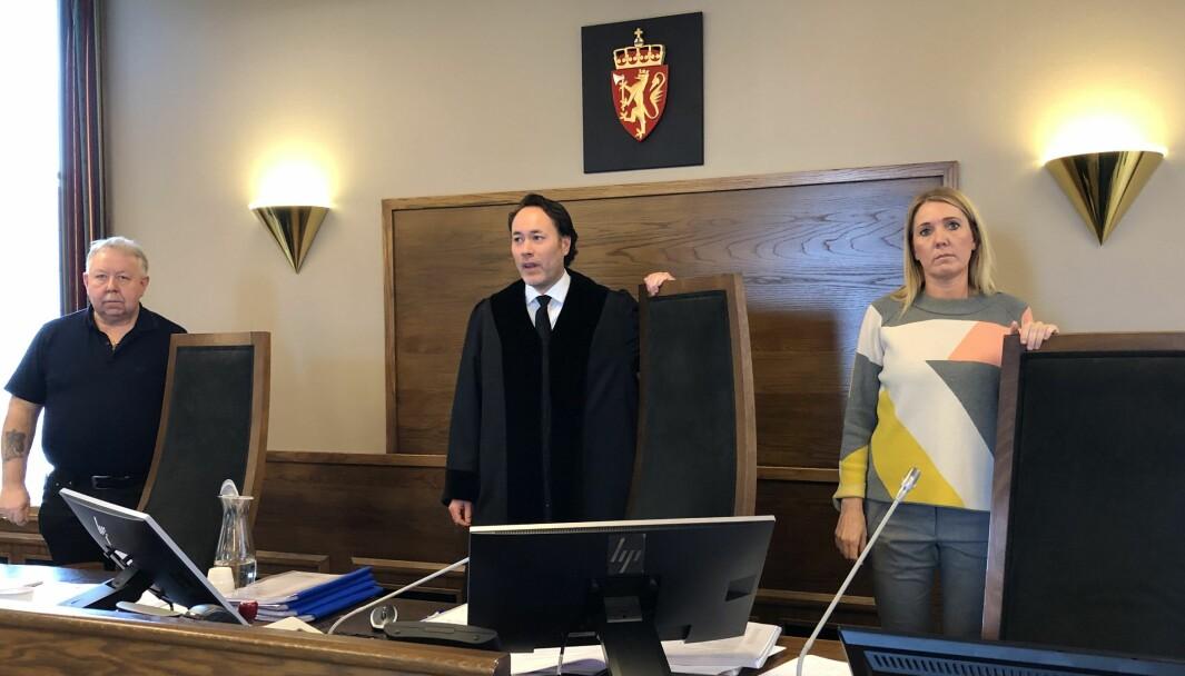 DØMT OG FRIKJENT: Tingrettsdommer Torbjørn Fjeldstad og hans to meddommere dømte bruktbilselgeren. Men i lagmannsretten ble han frikjent.