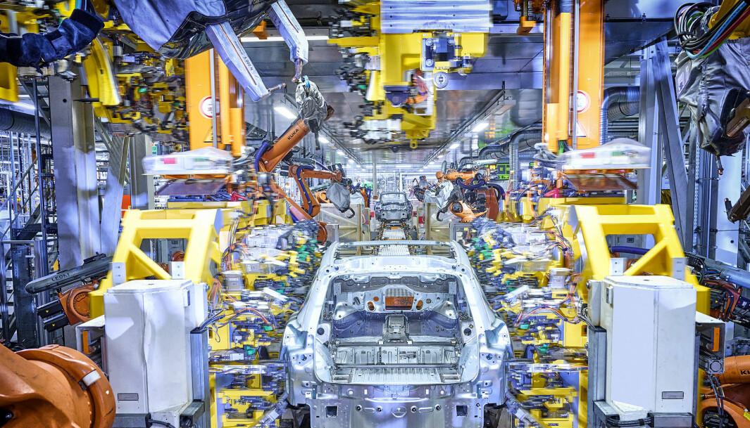 """<span class=""""font-weight-bold"""" data-lab-font_weight_desktop=""""font-weight-bold"""">KØ: </span>Audi Q4 e-tron bygges med samme karosseristruktur som VW ID.4 og Skoda Enyaq."""