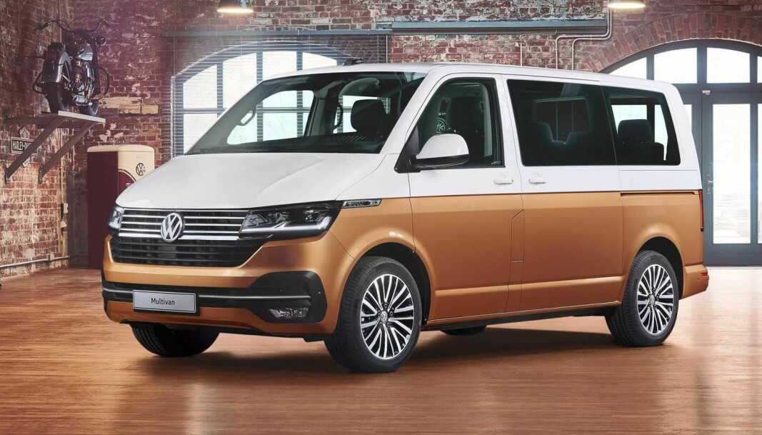 """<span class="""" font-weight-bold"""" data-lab-font_weight_desktop=""""font-weight-bold"""">MILLIONBIL:</span> Volkswagen Multivan er bortimot den ultimate flerbruksbilen, men koster flesk. Det ble registrert 14 eksemplarer i 2020. Innstegspris er over 1,1 millioner kroner (!)."""