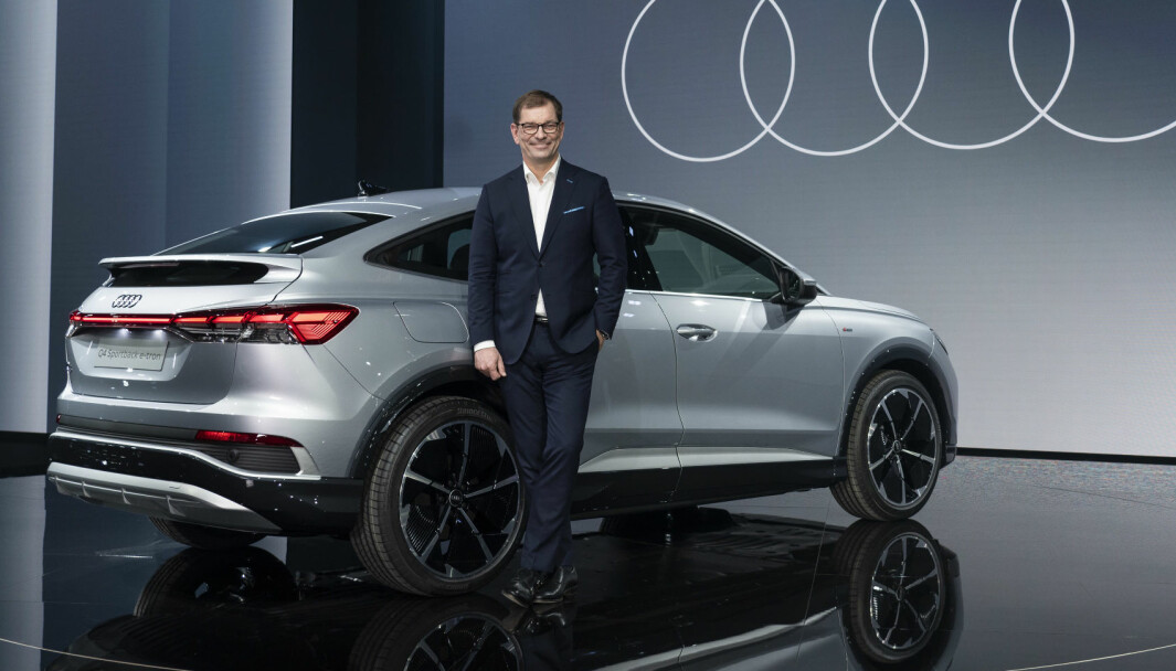 NØKKELEN TIL GEVINST: Audi-sjef Markus Duesmann foran nye Q4 Sportback e-tron.
