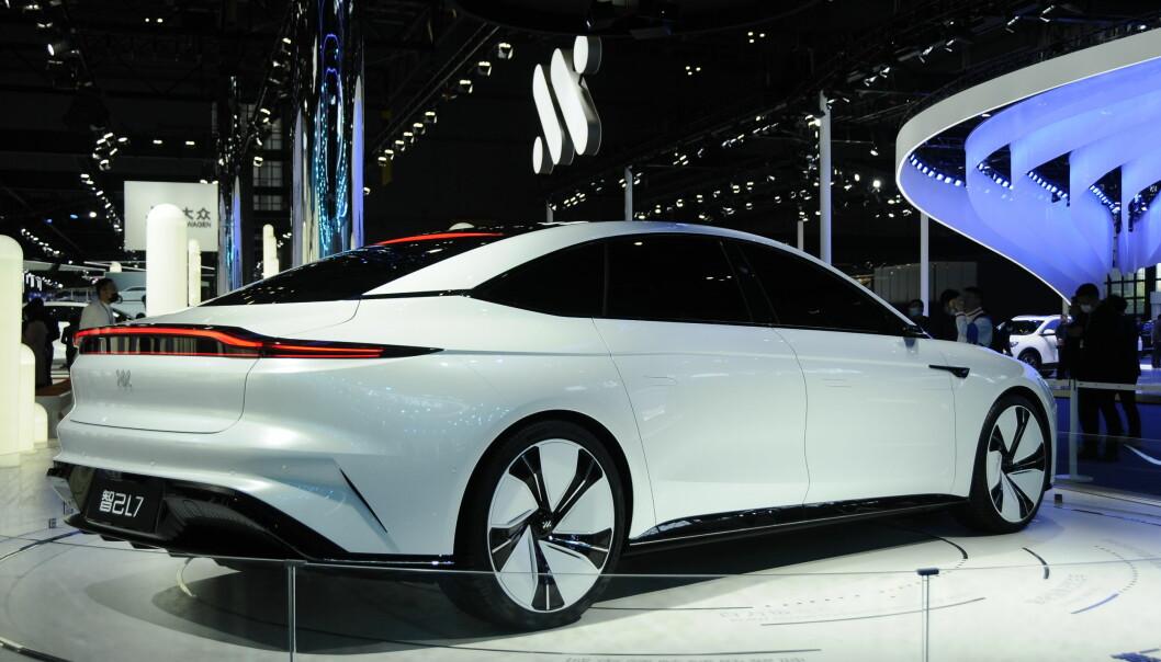 """<span class="""" font-weight-bold"""" data-lab-font_weight_desktop=""""font-weight-bold"""">800 KM REKKEVIDDE:</span> Elbilen IM L7 er utviklet av den store bilprodusenten SAIC og teknologiselskapet Alibaba. Denne Tesla Model S-rivalen forhåndsselges for ca. 550.000 kroner og får en batteripakke på 120 kWt."""
