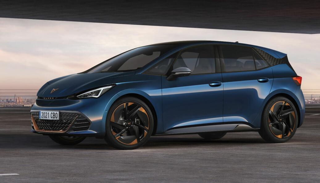 BORN TO BE WILD? Cupra Born har svært mye til felles med Volkswagen ID.3, men gir et mer sportslig inntrykk.