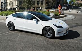 Tesla bryter ny barriére med Model 3