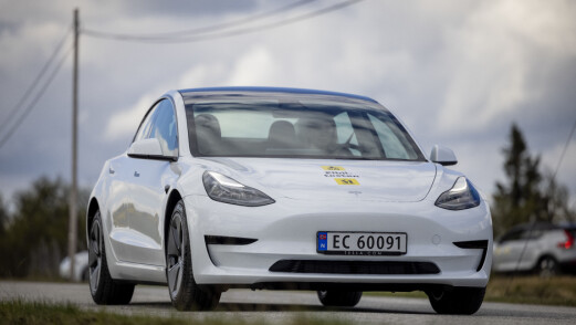 Tesla Model 3 er Europas nest mest solgte bil