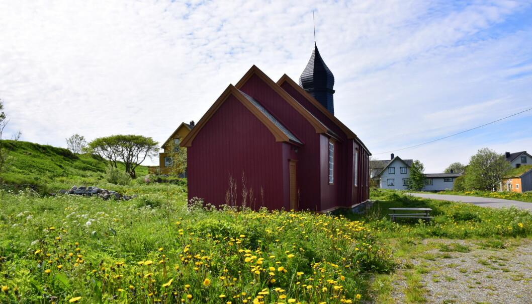 "<span class=""font-weight-bold"" data-lab-font_weight_desktop=""font-weight-bold"">ELDST:</span> Værøy kirke fra 1714 er Lofotens eldste kirke."