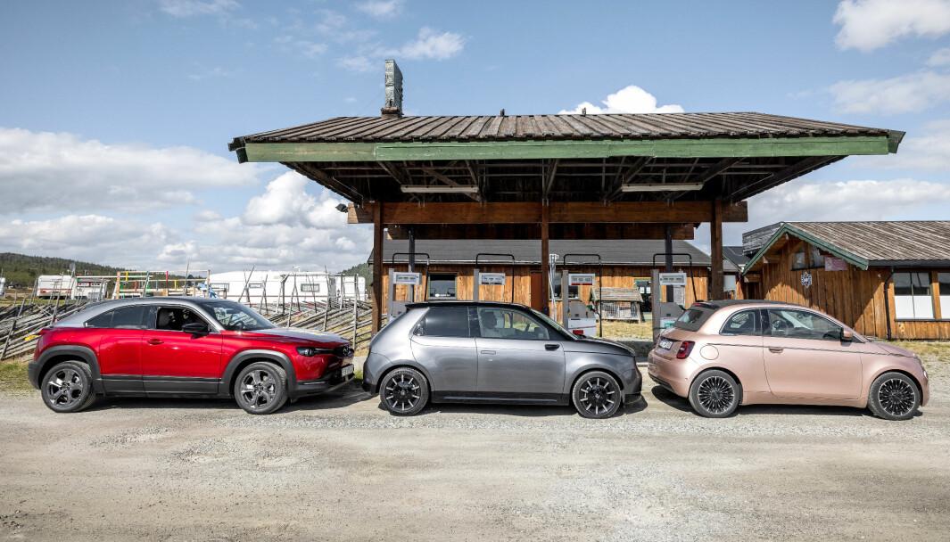 SÆRPREG: Designmessig har Mazda MX-30, Honda e og Fiat 500 mye spennende å by på.