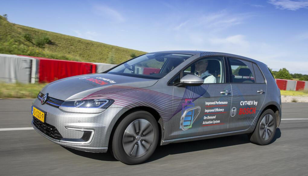 """<span class="""" font-weight-bold"""" data-lab-font_weight_desktop=""""font-weight-bold"""">TESTING:</span> En VW e-Golf blir opptil fire prosent mer effektiv med en trinnløse girkasse, viser tester Bosch har foretatt."""
