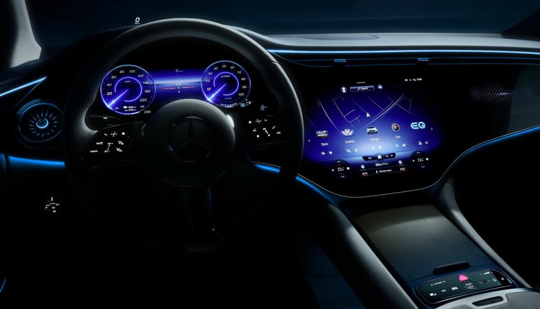 SISTE SKRIK: Slik er førermiljøet i den kommende elektriske E-klassen til Mercedes - EQE.