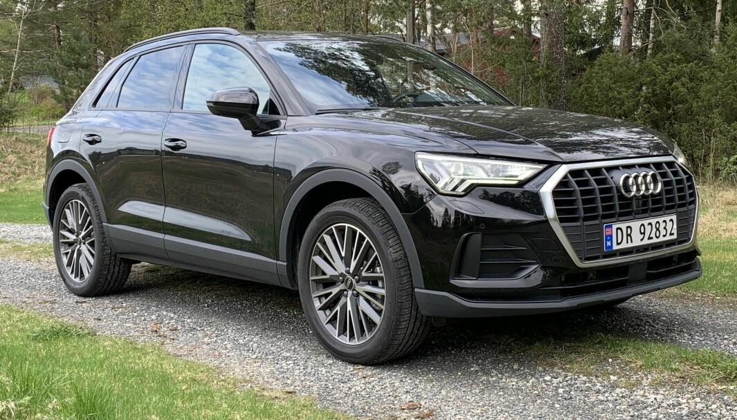 HOLDER MÅL: Første generasjon Q3 var etter vår mening den stygge andungen hos Audi. Som fullvoksen svane i annen generasjon er SUV-en, på størrelse med Volkswagens Tiguan, adskillig mer attraktiv.