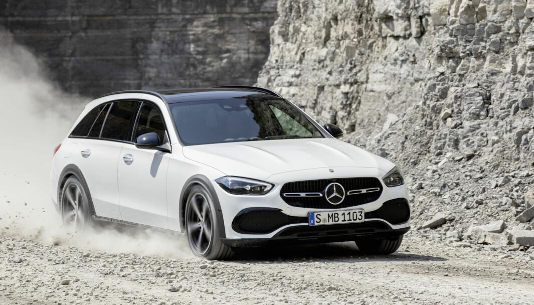 TØFFERE: Mercedes C-klasse kommer med bedre terrengegenskaper.