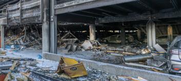 Slik skal brannetatene stanse elbil-branner i P-hus