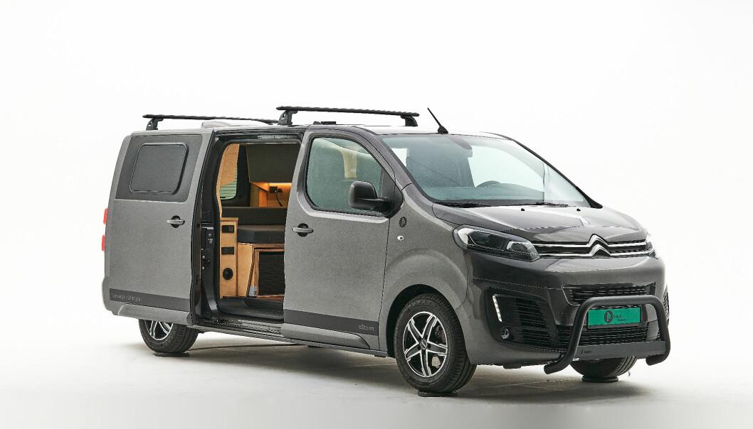 FRANSK-NORSK: Denne produksjonsklare elektriske campingbilen er laget i Norge med Citroén som basis.