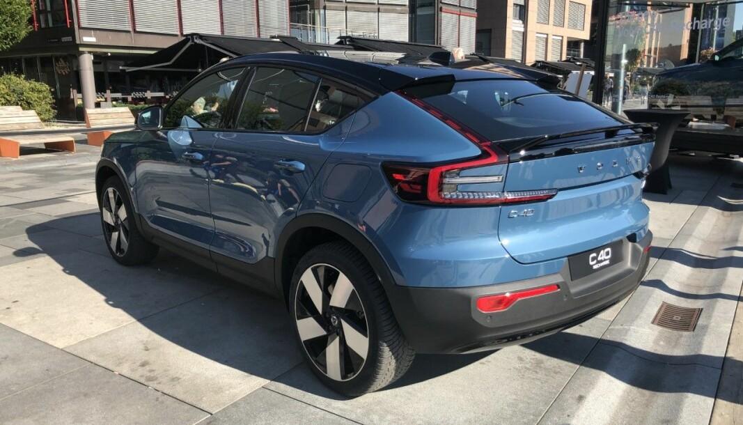 NYKOMMER: Volvo melder seg på i Crossover-klassen med denne modellen.