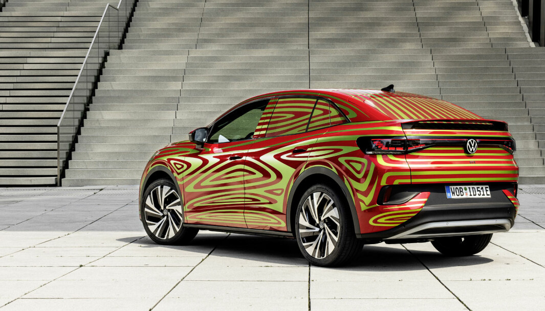 """<span class=""""font-weight-bold"""" data-lab-font_weight_desktop=""""font-weight-bold"""">SNART UTEN STRIPER: </span>Volkswagen ID.5 GTX."""