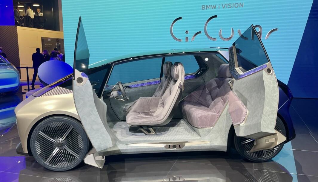 DEN NESTE: Med BMW i Vision Circular flagger det bayerske bilkonsernet løfte om en karbonnøytral produksjon.
