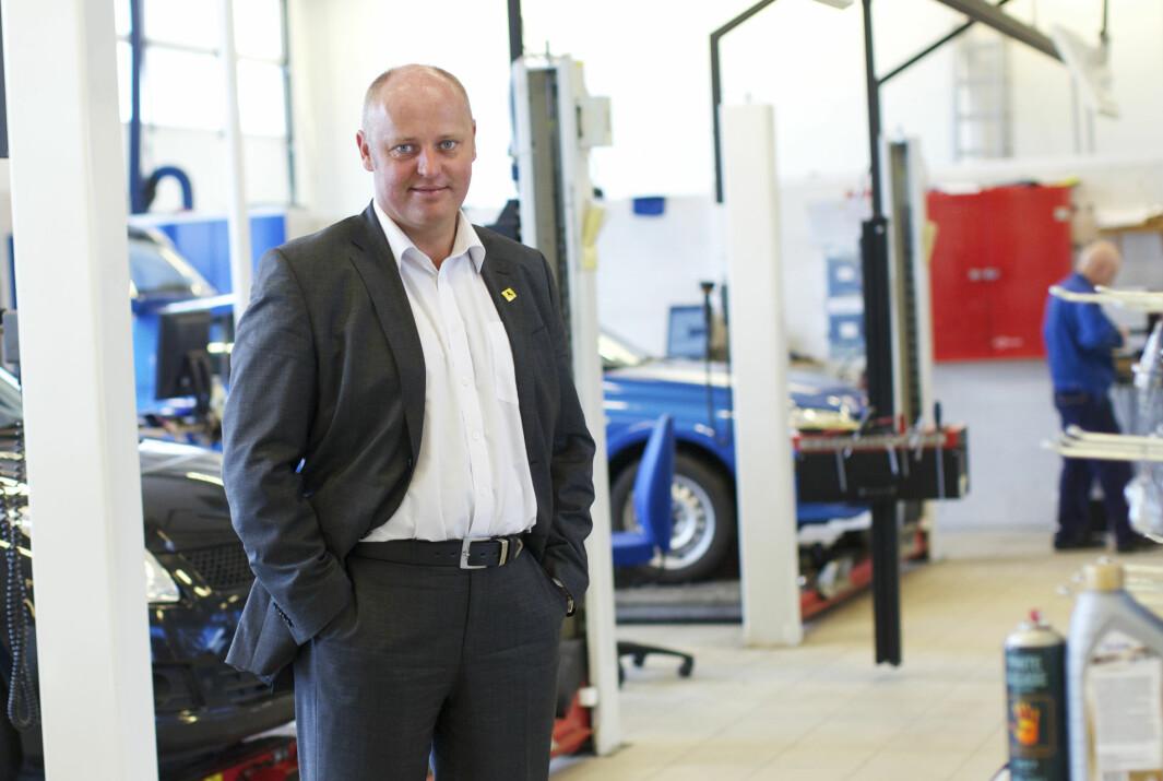 VIL HA TRYGGERE OG GRØNNERE BILPARK: Stig Skjøstad, adm. direktør i NAF.