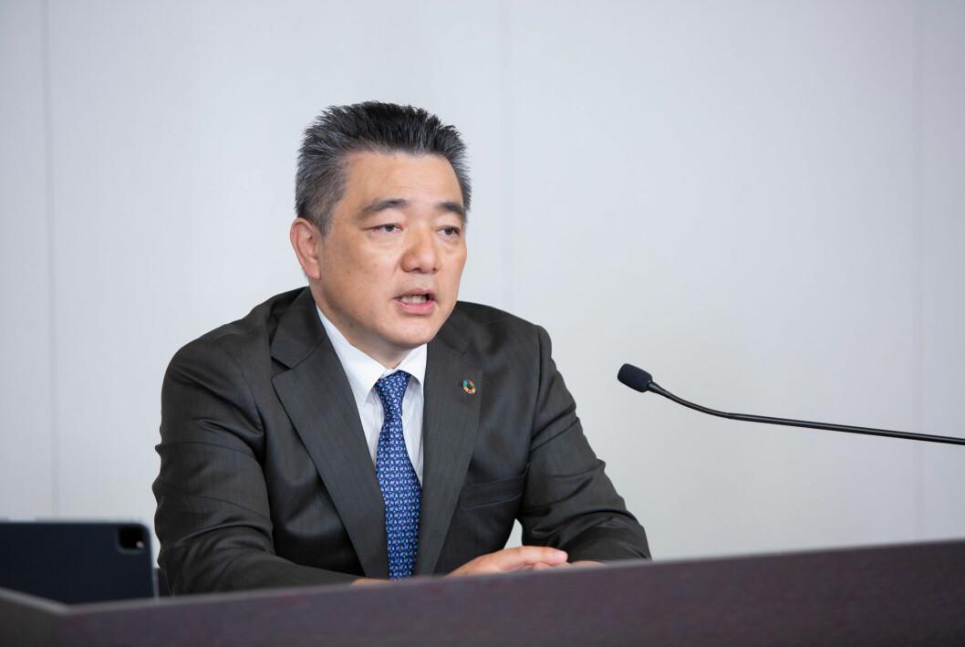 BATTERI-RUSH: Toyota skal redusere batterikostnadene pr bil med 50 prosent, opplyser teknologidirektør Masahiko Maeda.