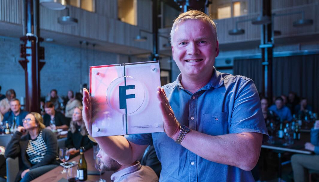 PRISVINNER: Journalist Geir Røed fikk Fagpressens journalistpris for artiklene om muligheten for juks og overvåkning via bombrikkene.