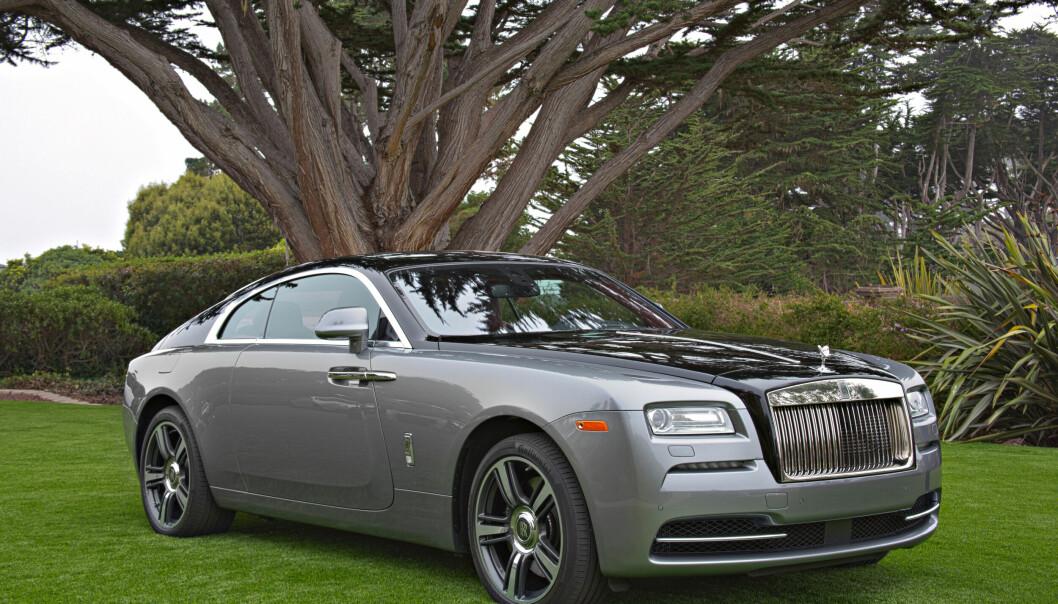 "<span class="" font-weight-bold"" data-lab-font_weight_desktop=""font-weight-bold"">FORBILDE? </span>Profilen til den kommende elektriske Rolls-Roycen, minner om denne – Wraith coupé."
