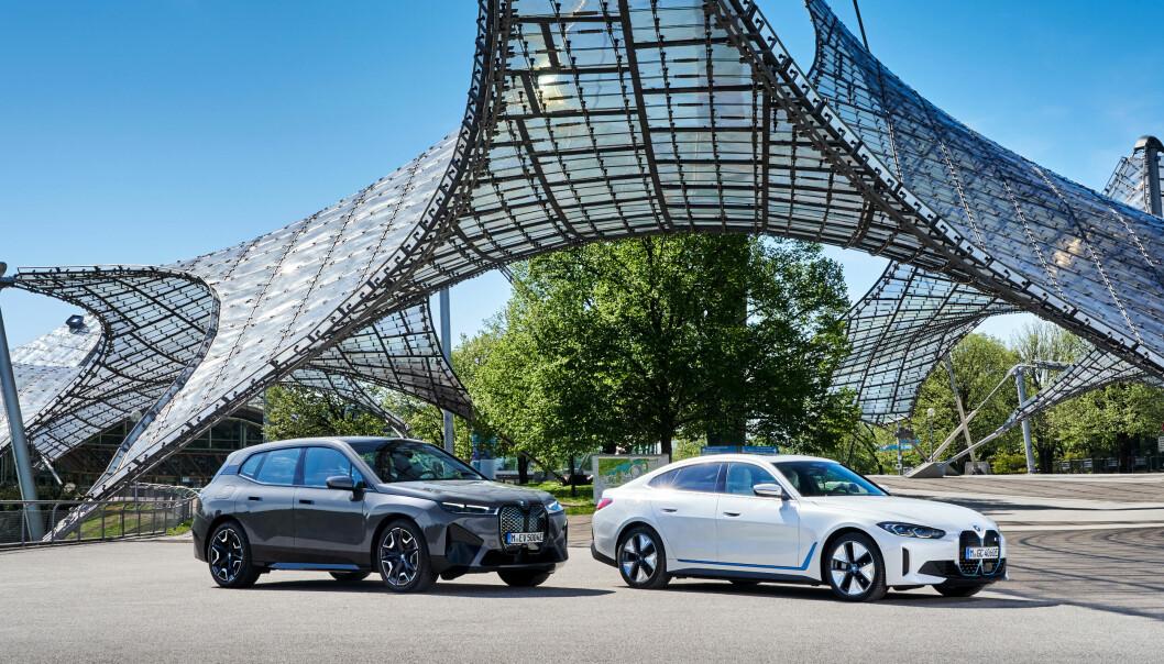 """<span class="""" font-weight-bold"""" data-lab-font_weight_desktop=""""font-weight-bold"""">NYE TIDER: </span>BMW ix og BMW i4 innleder en ny elektrisk æra for BMW, selv om lille i3, som kom for nesten 10 år siden, var en pionér på markedet."""