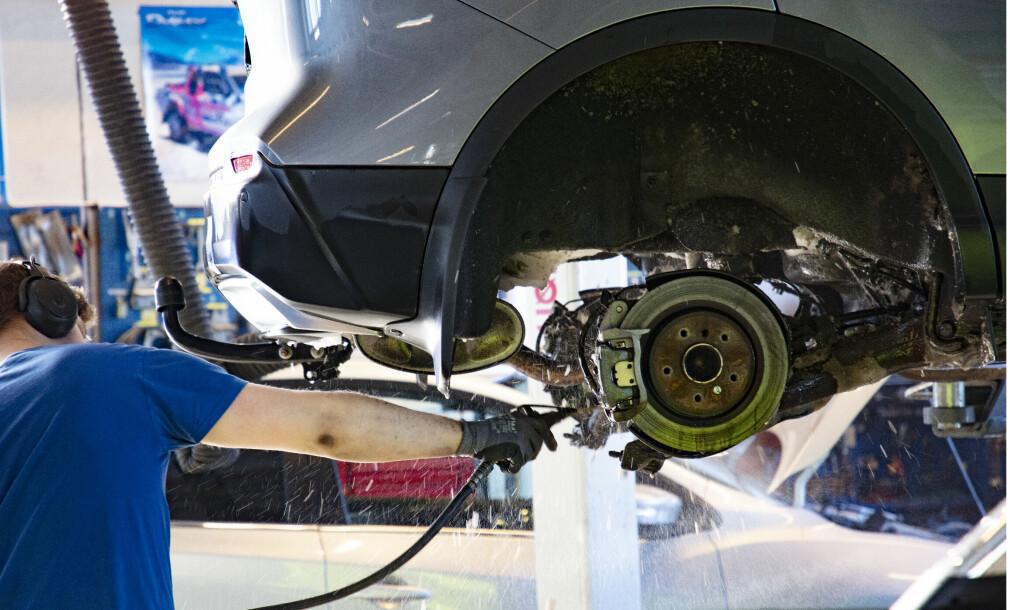 Krevde erstatning for dårlige bremseklosser på bil fra 1999