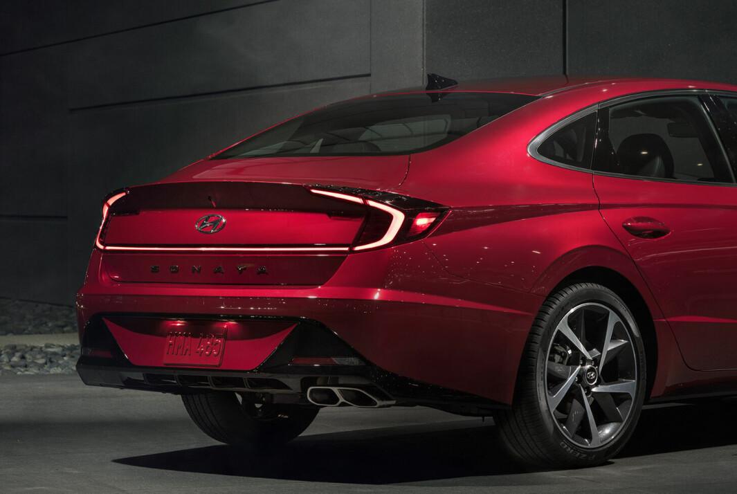 BLINK: Hyundai har trøbbel med enkelte eksemplarer fra 2015–17 av USA-modellen Sonata. Bilder viser 2022-modellen.